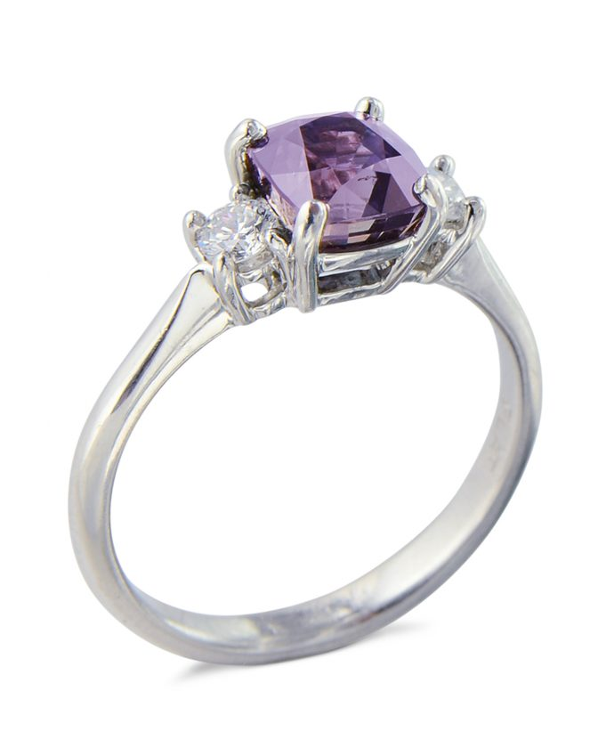 Rare color changing Alexandrite ring